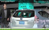 2012 Toyota Prius v auf der Detroit Auto Show