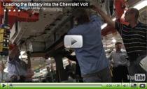 Installation der Batterie im Chevrolet Volt