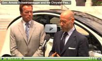Arnold Schwarzenegger lobt das E-Auto Chrysler Peapod (NEV)