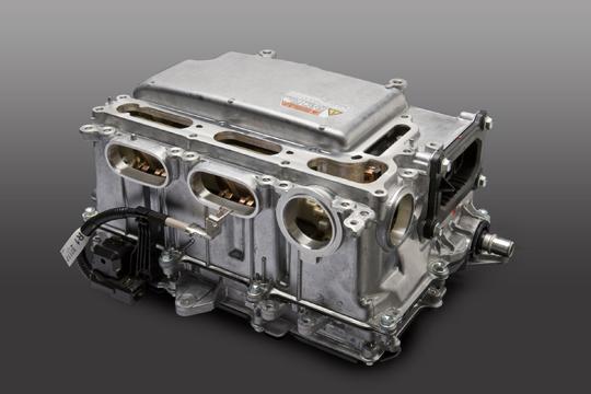 Kleinerer Inverter im Toyota Prius der 3. Generation