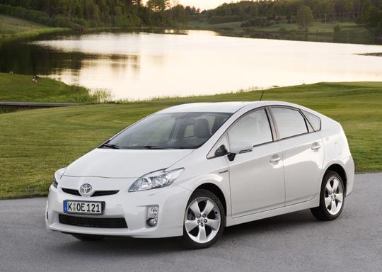 Toyota Prius gewinnt den Öko-Globe 2009