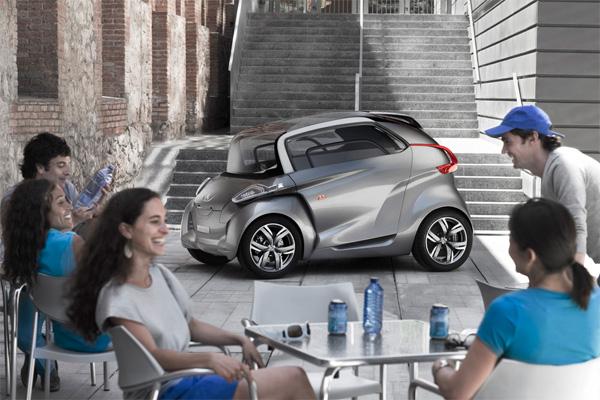 Elektroauto Peugeot BB1 in der City