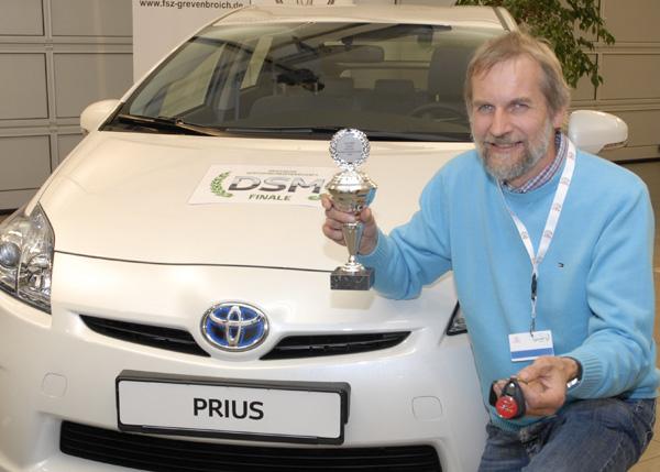 Der glückliche Gewinner dere Deutschen Spritspar-Meisterschaft: Klaus Wolter