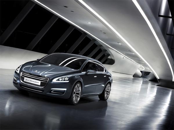 5 by Peugeot - Repräsentative Limousine mit Hybridantrieb
