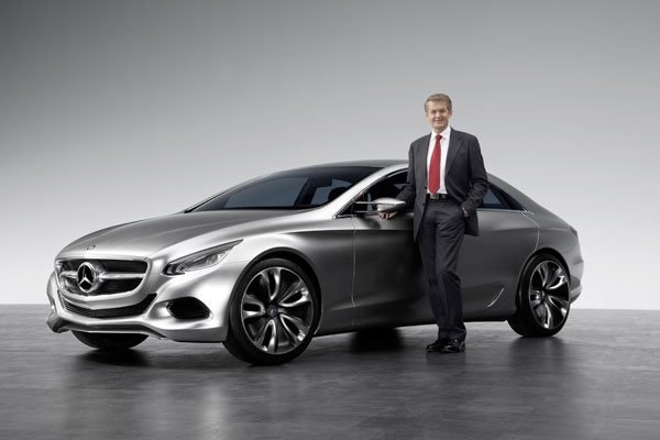 Mercedes-Benz F 800 Style - Dr. Thomas Weber mit dem F 800 Style
