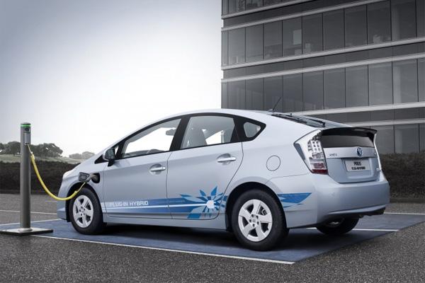 Toyota Prius PHV (Plug-In Hybrid)