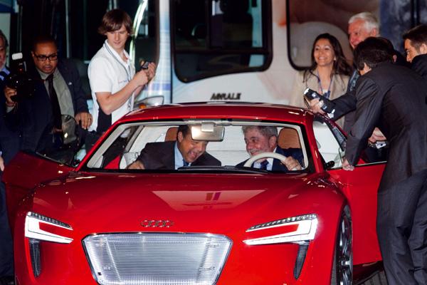 Brasiliens Staatspräsident im Audi e-tron