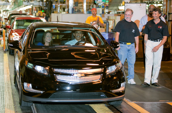 Barack Obama im Chevrolet Volt
