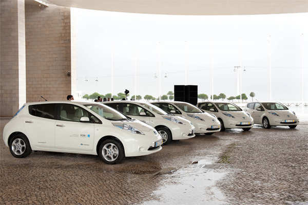 Nissan LEAF Autos in Weiss