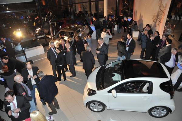 Eröffnung des ersten iQ-Stores in Berlin
