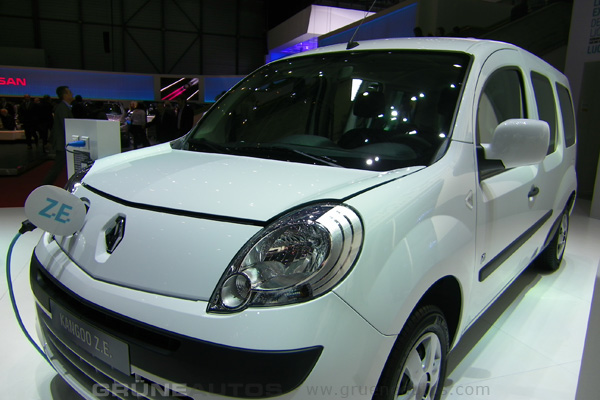 Autosalon 2011 - Renault Kangoo Z.E.