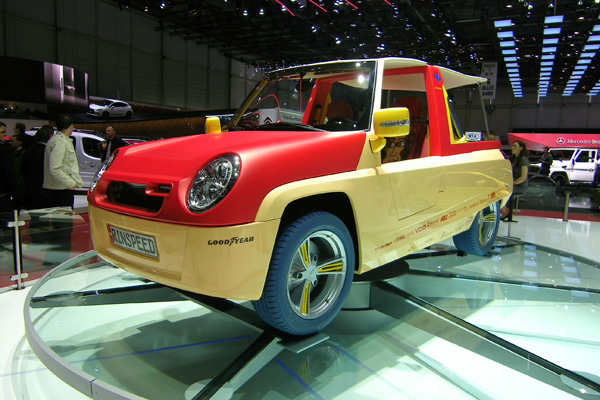 Autosalon 2011 - Rinspeed Bamboo