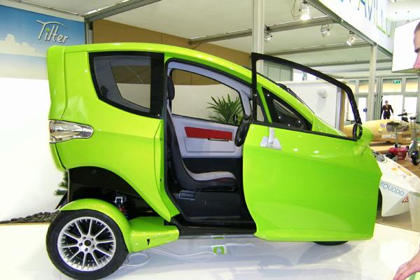Autosalon-2011 - SynergEthic Tilter Elektrofahrzeug