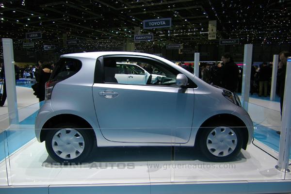 Autosalon Genf 2011 - Toyota iQ Elektroauto