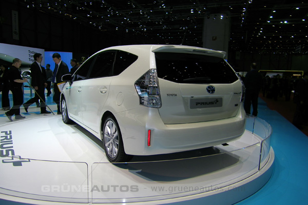 Autosalon Genf 2011 - Toyota Prius+