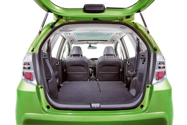 Honda Jazz Hybrid mit flexiblem und großem Kofferraum