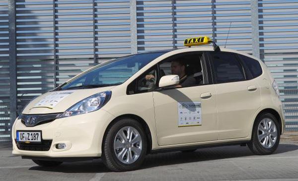 Honda Jazz Hybrid Taxi