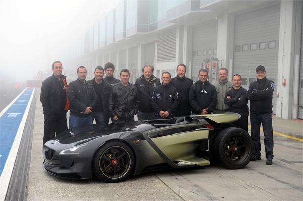 Peugeot EX1 schlägt Nordschleifen-Rekord - das Team
