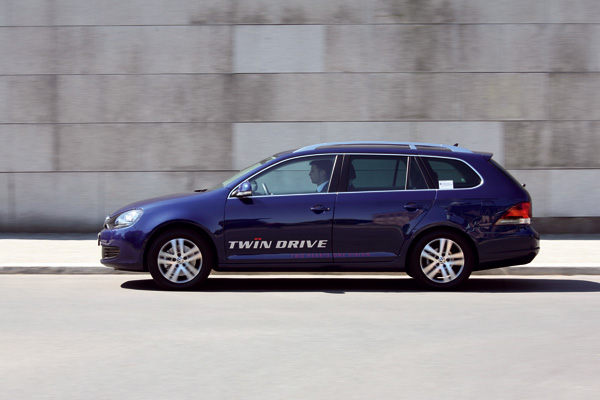 VW Golf Variant twinDRIVE