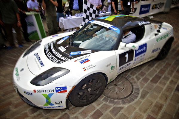 e-miglia 2011 - 1. Platz: Tesla Roadster