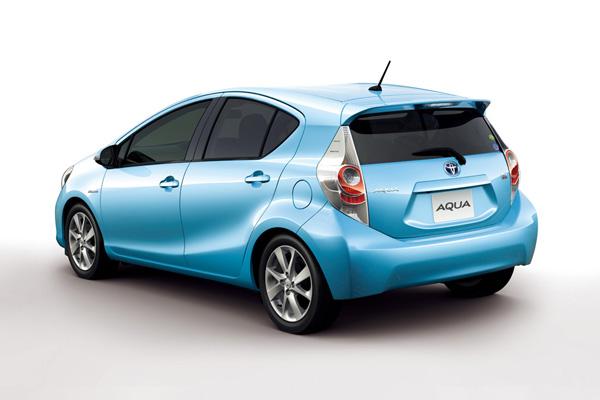 Toyota Aqua (Kompaktes Hybridfahrzeug)