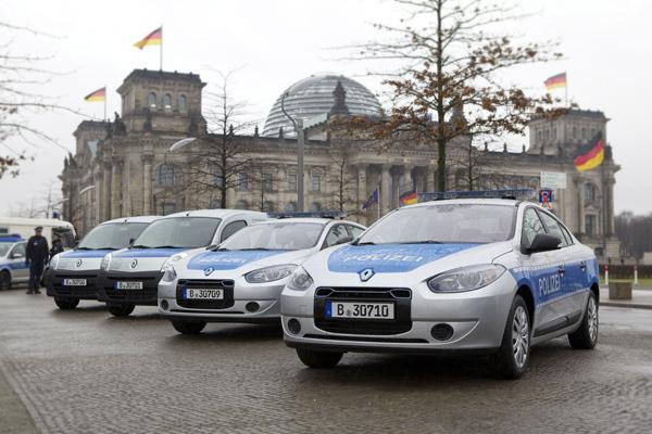 Renault Elektroautos - Polizeiautos