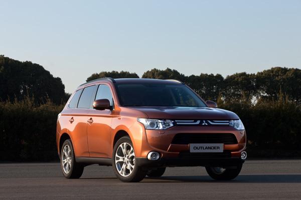 Neuer Mitsubishi Outlander ab 2013 auch als Plug-In Hybrid