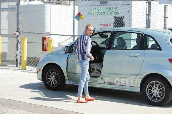 Diane Kruger mit B-Klasse F-CELL