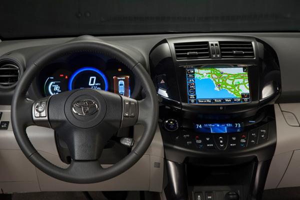 Toyota RAV4 EV - Cockpit