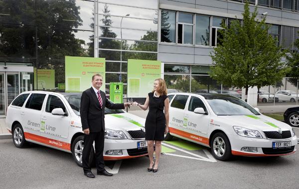 Skoda Octavia Green E-Line - Übergabe der zwei Autos