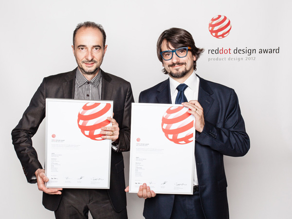 red dot design award, v.l.n.r., Patrick Lecharpy, Vice President Advanced Design, Luciano Bove, Design Manager, 2012