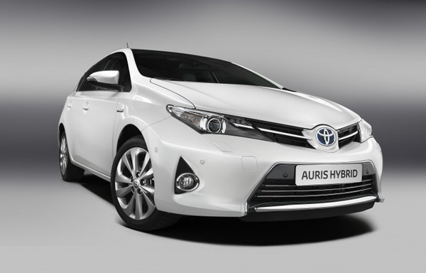 Neuer Auris Hybrid