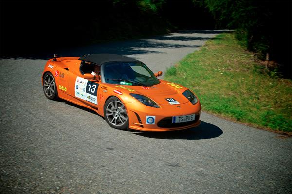 Tesla Roadster vom Team LG Solar