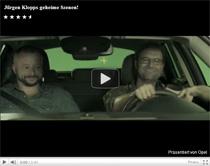 Video: Geheime Scenen vom Dreh des Opel Astra Werbespots mit Jügen Klopp