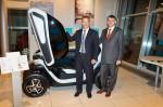 Karsten Rösel, Geschäftsführer der ALD AutoLeasing D GmbH, Philippe Métras, Generaldirektor der RCI Banque S.A. Niederlassung Deutschland, Elektrofahrzeug-Leasing, 2012