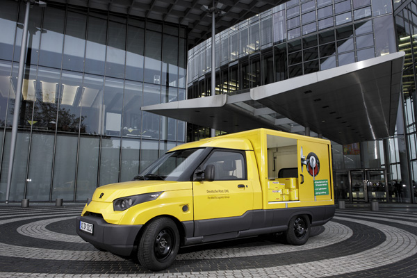 SteetScooter Elektrofahrzeug der Deutschen Post