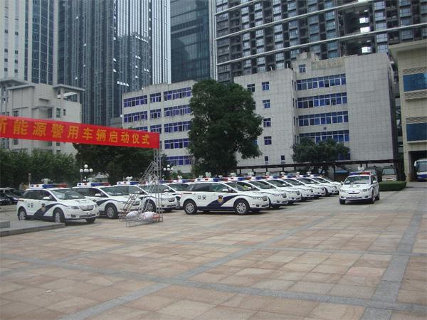 BYD e6 Polizeiautos mit Elektroantrieb