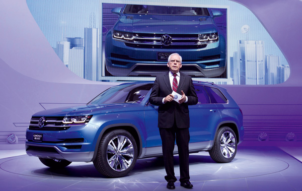 VW CrossBlue auf der Detroit Motor Show 2013