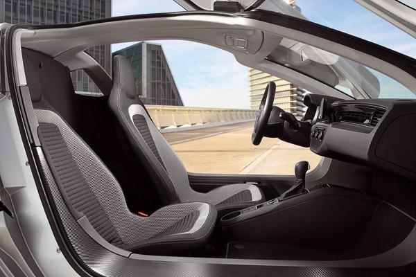 VW XL1 - Innenraum des Zweisitzers