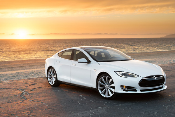 Tesla Model S - World Green Car of the Year 2013