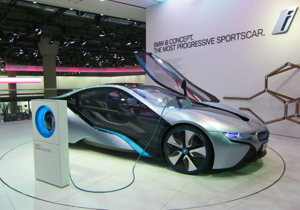 Elektroauto BMW i8 auf der IAA 2011