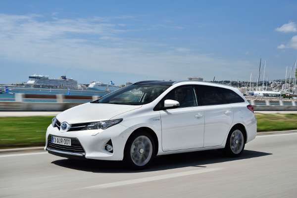 Toyota Auris Sports - Kombi mit Hybridantrieb