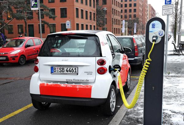 Das Carsharingangebot der DB - Mein Carsharing mit Fahrzeug Smart