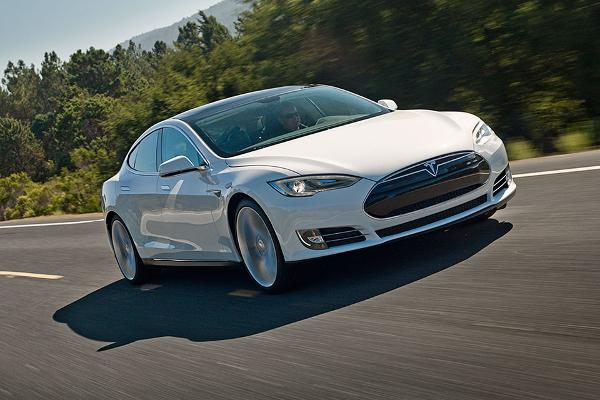 Elektro-Limousine Tesla Model S