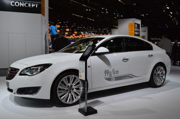 Opel Insignia CDTI ecoFLEX auf der IAA 2013