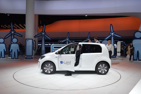 VW e-up! auf der IAA 2013