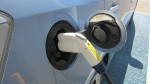 Aufladen eines Plug-In-Hybridfahrzeugs