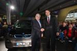 Joschka Fischer übernimmt seinen BMW i3