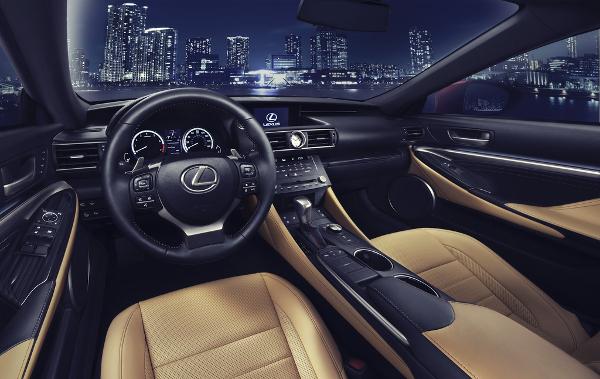 Lexus RC - Interieur