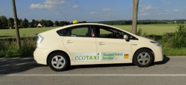 1000stes Toyota Hybrid-Taxi in Berlin unterwegs